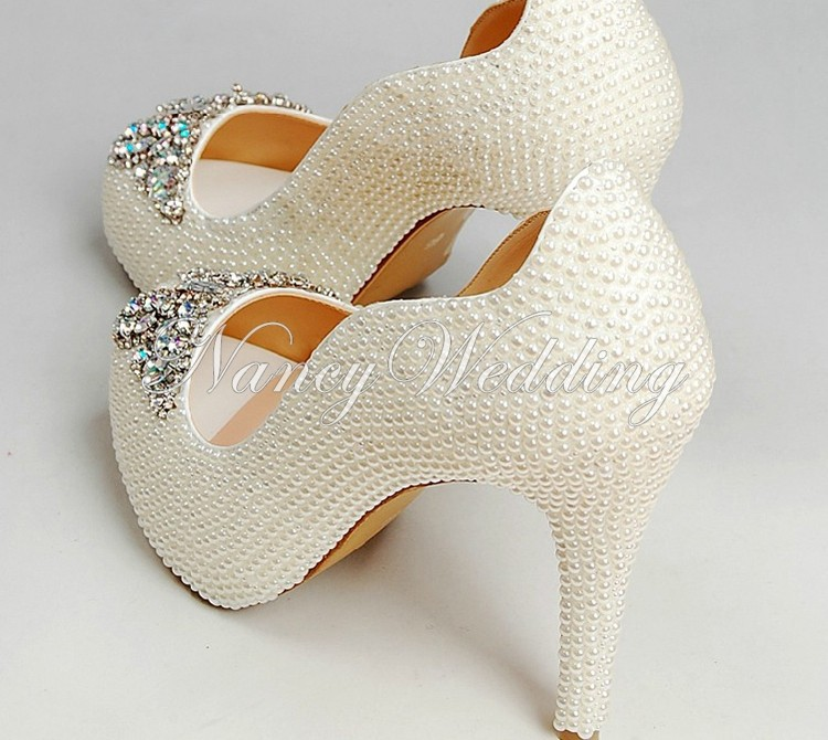 Peep Toe Ivory Shoes 001