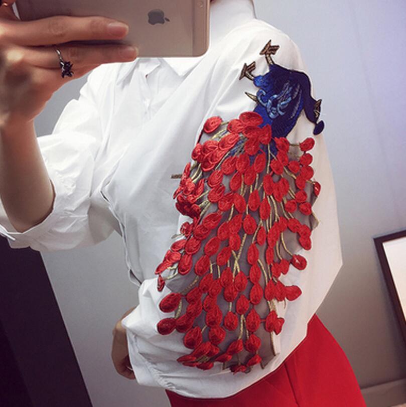 Nueva moda Peacock Bordado Camisas de Las Mujeres Blusas Mujer tops camisa Blanc