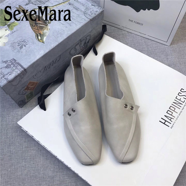 b9199b21e11d3 SexeMara Pregnant Shoes Women Genuine Leather Ladies Flats Square Toe Soft  Loafers Shoes Female Driving Flats 5 Colors