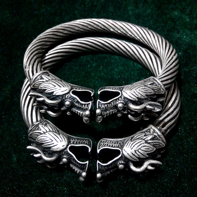 Miao silver double faucet bracelet white copper material pure hand-made retro style to do the old imitation silver