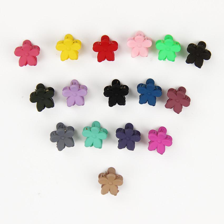 HTB1Q8bjOXXXXXagaXXXq6xXFXXXp Cute Girls Multicolored Small Flowers Fashion Clip Clamps - 16 Colors