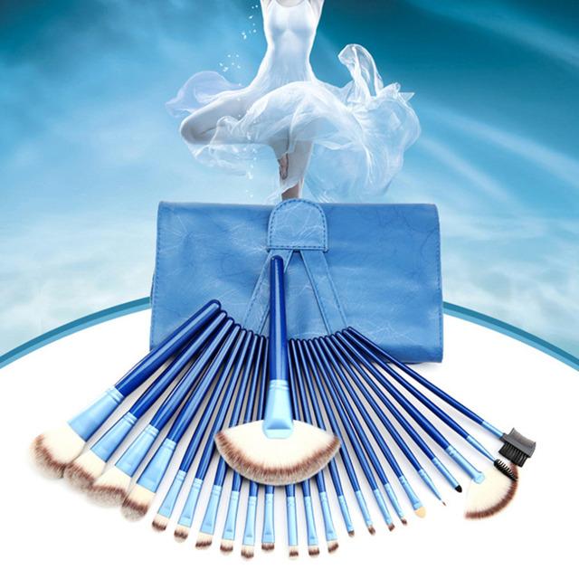 24 Pcs caso Pincel de Maquiagem Profissional Kit escovas do Cosmético com azul Azul Punho De Madeira Em Pó Olho Venda Quente