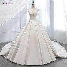 Julia Kui  Princess Satin Neckline A-Line Wedding Dress Chapel Train Lace Up Vestido de boda
