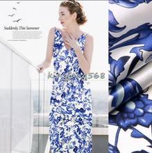 Цветок из ткани для синего платья