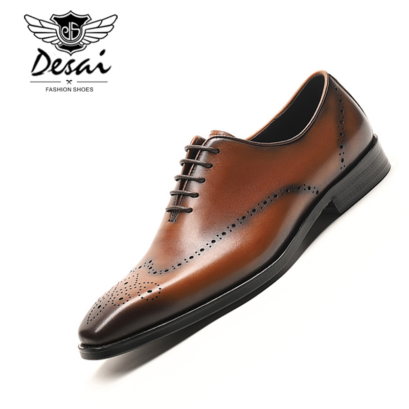 Vintage British Style Pointy Carved Man Business Dress Shoes Genuine Leather Handmade Brogue Lace up Shoes