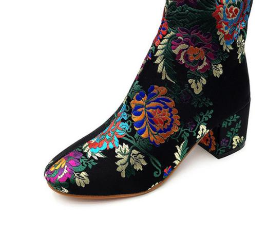 Women Boots Ankle Winter Shoes High Heels Casual Shoes Fashion Embroider Boots.