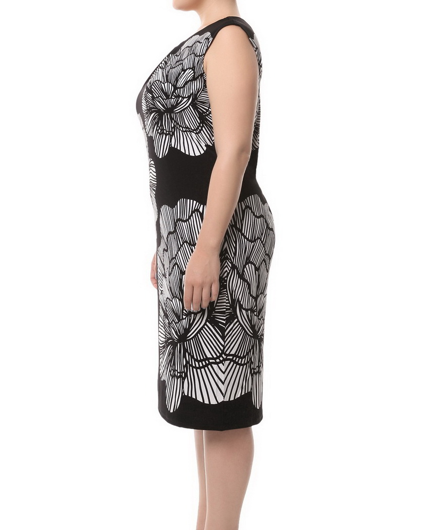 Chicwe Women s Lined Plus Size Floral Printed Sleeveless Black Dress with Ivory  Flower Large Size Big Size-in Dresses from Women s Clothing on ... f31c4a2010