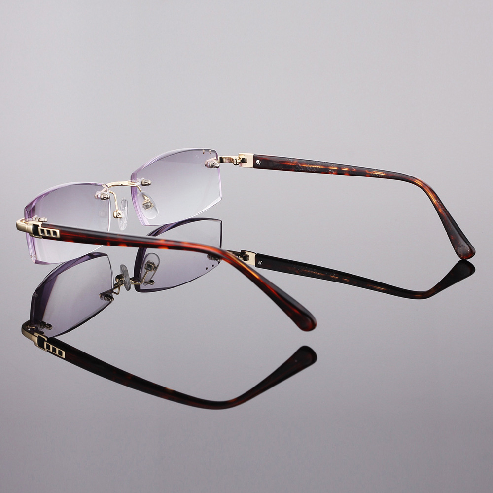 fb6c82ad0b CLARA VIDA 2018 NEW DIAMOND SHAPED LENSES RIMLESS HIGH QUALITY LUXURY  DESIGNER READING GLASSES +1 +1.5 +2 +2.5 +3 +3.5 +4-in Reading Glasses from  Apparel ...