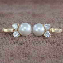 Женские серьги кольца с жемчугом золотого цвета в форме сердца