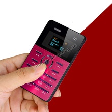 Qmart Q1 Sueco, Árabe, Ruso Pequeño Vibración Bluetooth música móvil celular MP3 FM pantalla OLED mini card Ultrafino teléfono P088