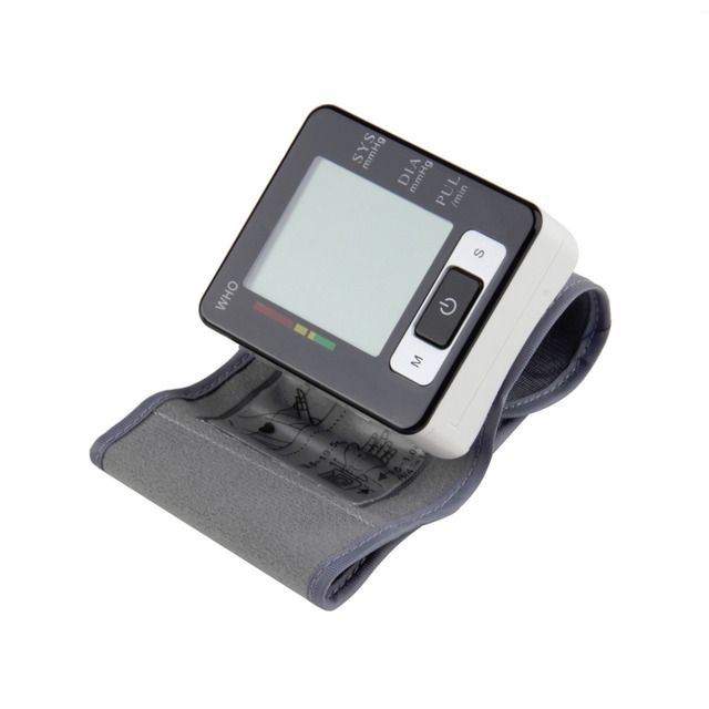 1pcs Hot Worldwide Wrist Blood Pressure Upper Monitor W113Automatic Digital Heart Beat Meter LCD Screen Free Shipping Fashion