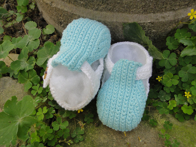 Handmade Crochet  Cute Cotton Soft toddleBaby girl boy New Shoes for beanie 0-12 months blue white xmas
