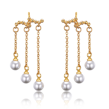 2015 New arrival high quality fashion pearl 925 sterling silver ladies`stud earrings jewelry wholesale birthday gift