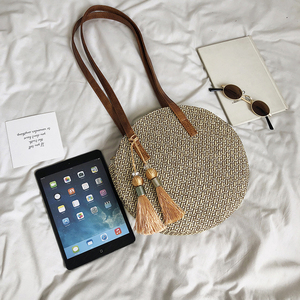 Image 4 - 2019 yuvarlak püskül yeni hasır çanta çanta kadın yaz kamış örgü çanta el yapımı dokuma plaj daire Bohemia çanta yeni moda