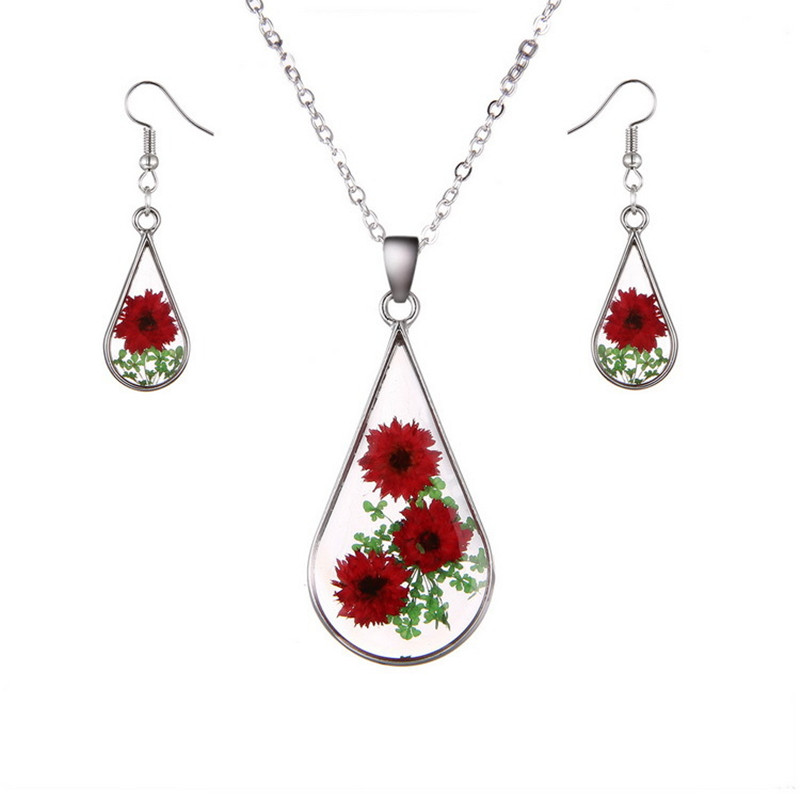 Houbian Resin Dried Flower Necklace Rose Pendant Necklace