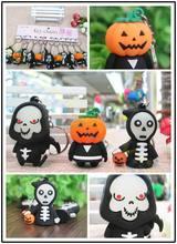50pcs Luminous Halloween Keychain devil skull Pumpkin Death key chains Ornaments car rings Kindergarten Prizes Party Events
