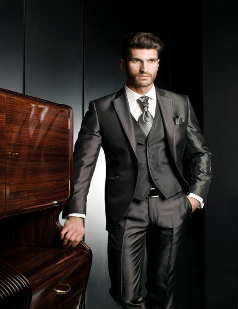 Custom Make 2018 Hot Sale Perfect Groom Tuxedos Best Man ...