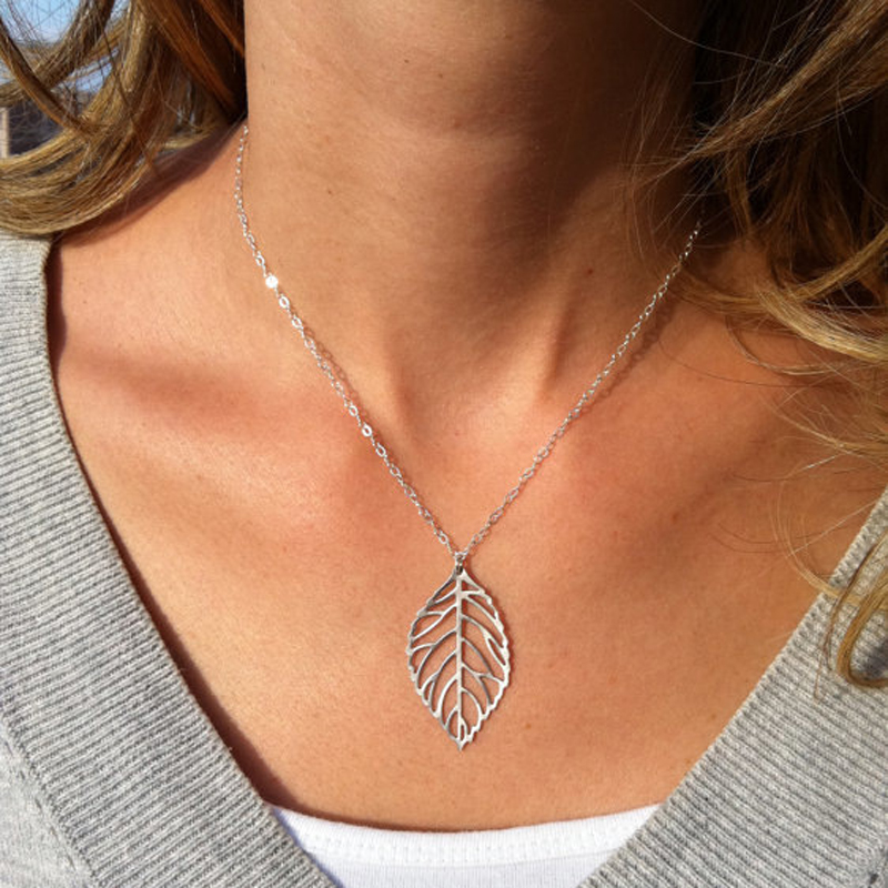 Fashion lady jewelry, leisure sports, metal leaves, simple personality Necklace