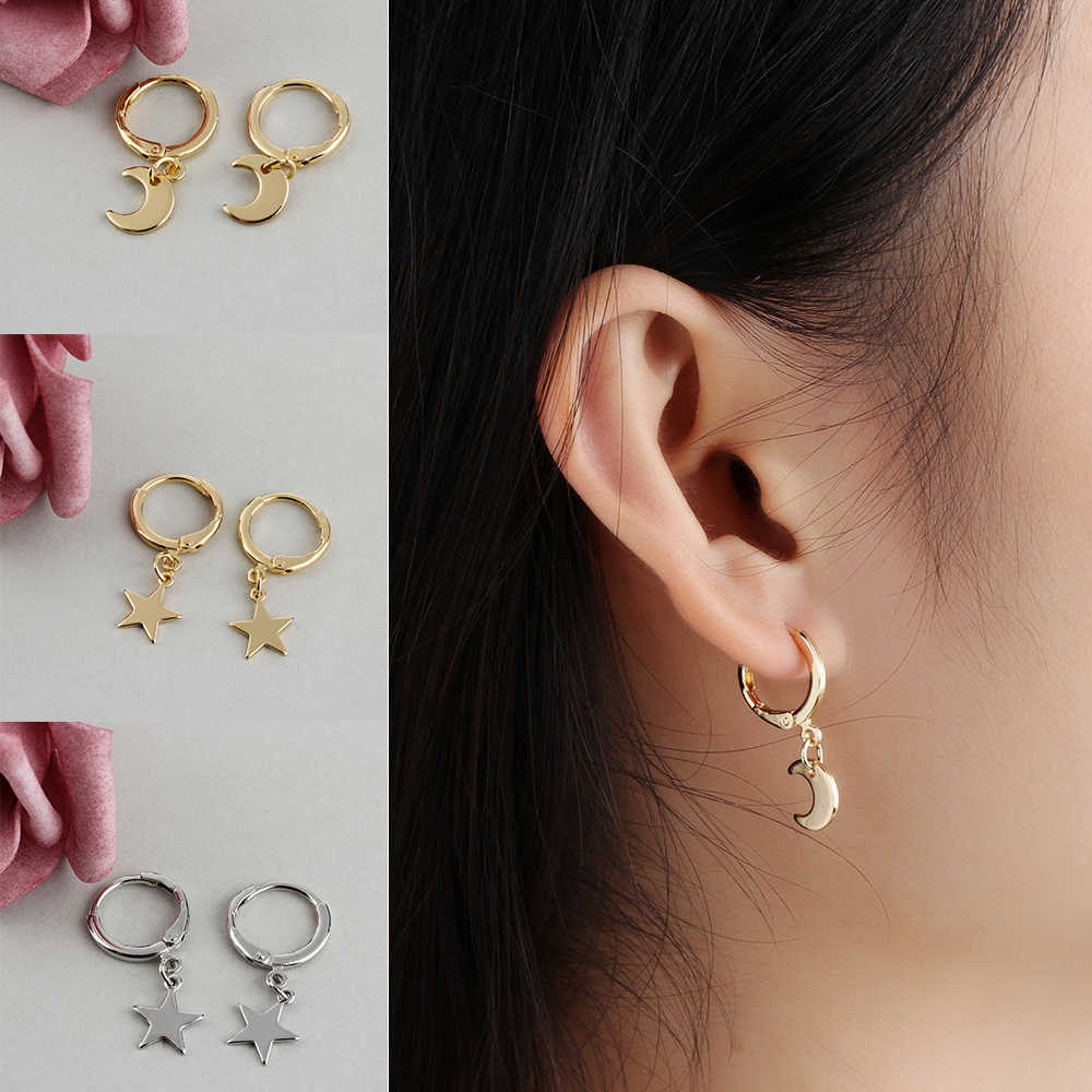 1 Pair Fashion Gold Color Small Star Tiny Moon Charms Hoop Earrings For Women Ear Piercing Earrings Simple Jewelry Brincos Mujer