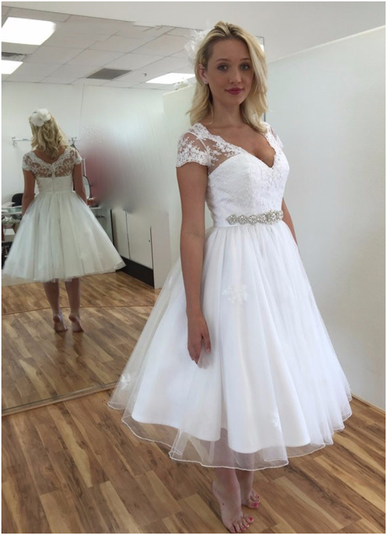 2110d6f1d41 2019 Simple Short Wedding Dresses Sexy V Neck Cap Sleeve Knee Length Summer  Plus Size Bead