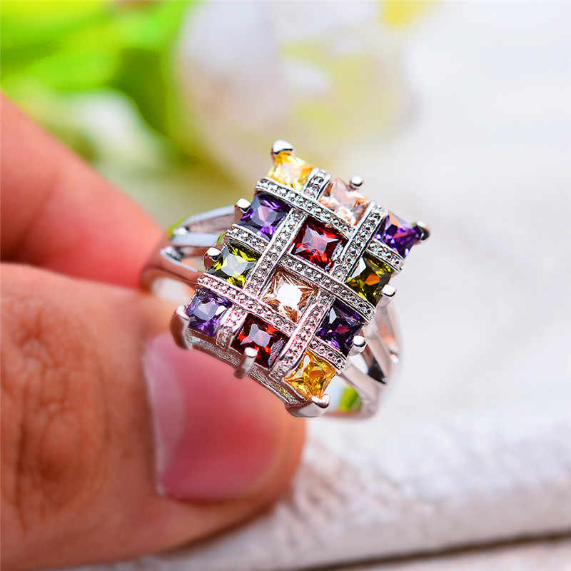 Luxury Female Big Rainbow Stone Ring Vintage Cute Wedding Party Rings Jewelry Promise Engagement Rings For Women