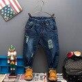 Primavera y otoño 2016 ropa de los niños chicos pantalones de mezclilla otoño masculino niño niños niño pantalones Ocasionales del muchacho Vaqueros con cinturón