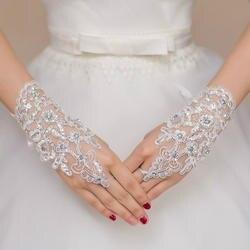 Белого цвета или цвета слоновой кости Короткие свадебные перчатки митенки для невесты для Для женщин невесты Красные кружевные перчатки