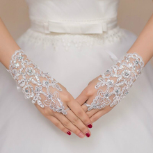 White or Ivory Short Wedding Gloves Fingerless Bridal Gloves for Women Bride Red Lace Gloves Luva De Noiva Wedding Accessories