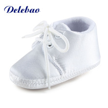 цена на Newborn Baby Boy Or Girl Pure White The Baptism Of Shoes Unique Lace-up Soft Sole Cotton Christening First Walkers
