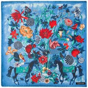 Image 2 - POBING יוקרה מותג חורף צעיף קשמיר כיכר צעיפים ספרד סוס עלה פרח הדפסת מטפחת נשים צעיפי גלישת חיג אב 130CM