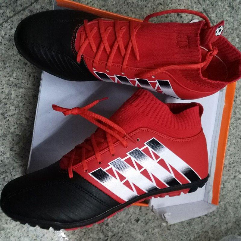 Menns høye ankel TF fotballsko Profesjonelle fotballspill sneakers Kunstig gress antiskid fotball Boots Boys Sock Cleats