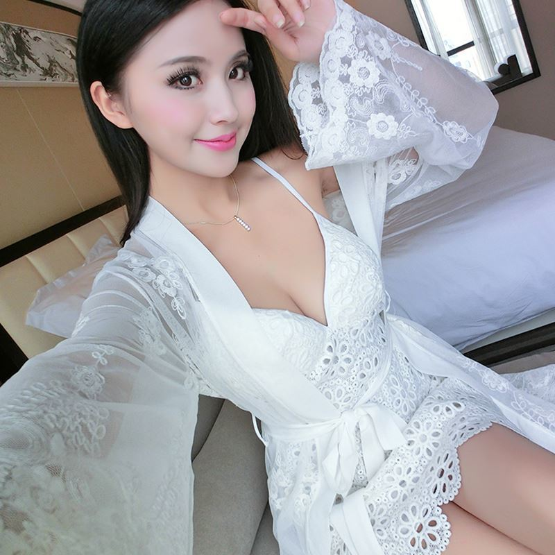 Sexy 2016 New Arrival Brand Lace Robe & Gown Set Free Shipping Plus Size Two Piece Suspender Sleepwear + Bathing Robe Hot