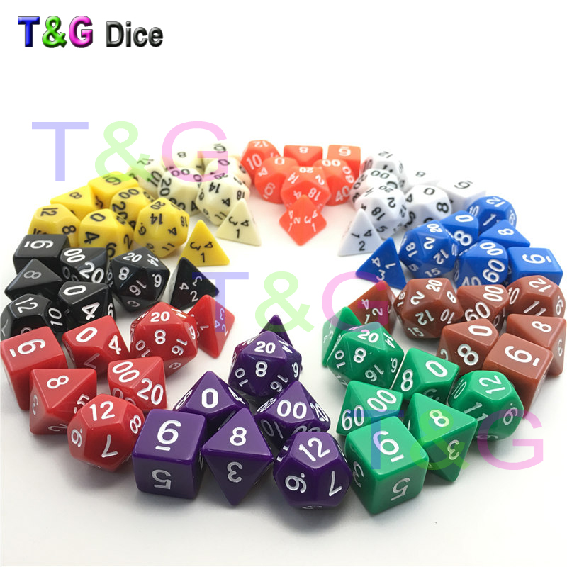 Wholesales 7pc/lot Dice Set  D4,D6,D8,D10,D10%,D12,D20 Each Dice Random Color 7 Different Color Dragons and Dungeons 7pcs promotion 2 color dice set with nebula effect poker d