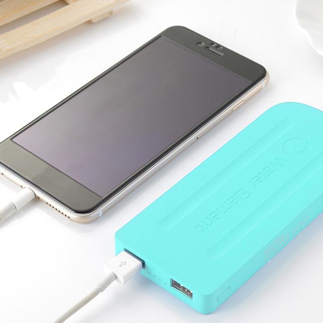 Diseño creativo p6 más teléfonos móviles teléfonos tamaño 8000 mah banco de alimentación externa portátil fuente de alimentación para el iphone para samsung