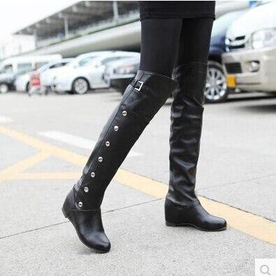 2017 Neu Innerhalb Der Erhöhen Knie Knie Stiefel Schwarz Weiße Stiefel Nieten Flache Ritter Stiefel Größe Auswahlmaterialien