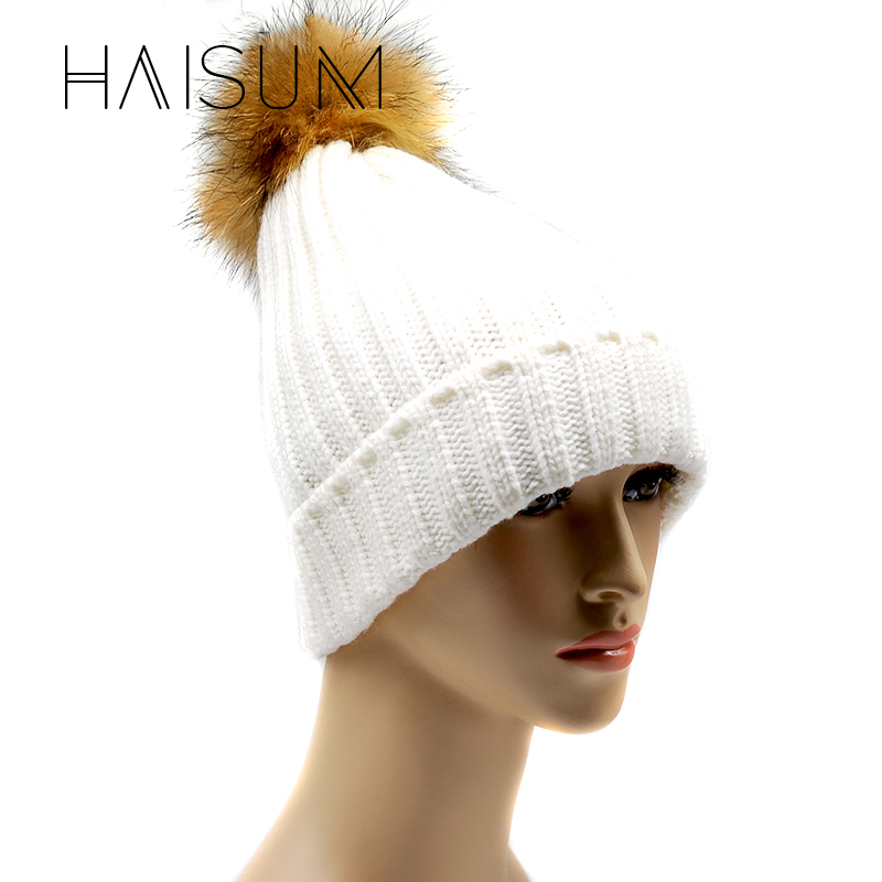 цены  Haisum Raccoon Fur Ball Cap Pom Poms Winter Hat For Women Girl 's Knitted Cotton Beanies Cap Brand New Thick Female Cap CS48