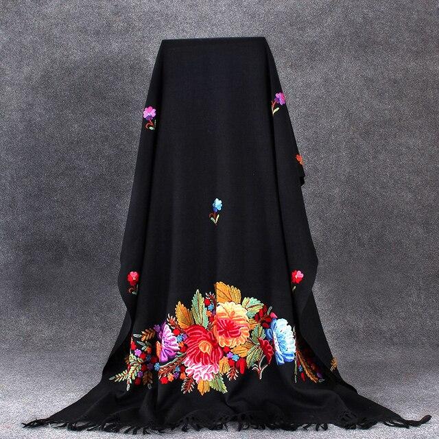 Chal negro Floral para mujer bufanda Noble invierno cálido capa India bordado hecho a mano Pashmina lana suave Mantilla largo 70x210 cm