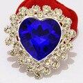 Дешевые розничная серебряный тон большой синий в форме сердца кристалл люкс брошь Womne корсаж для свадьбы горячая распродажа женщин подробное булавки броши