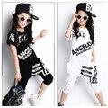Venta al por menor de Chicas Juegos de Ropa de Verano 2016 Niños Niñas Manga Corta Camiseta Top y Pantalones Harem 2 Unids para Niños Girls Hip Hop traje