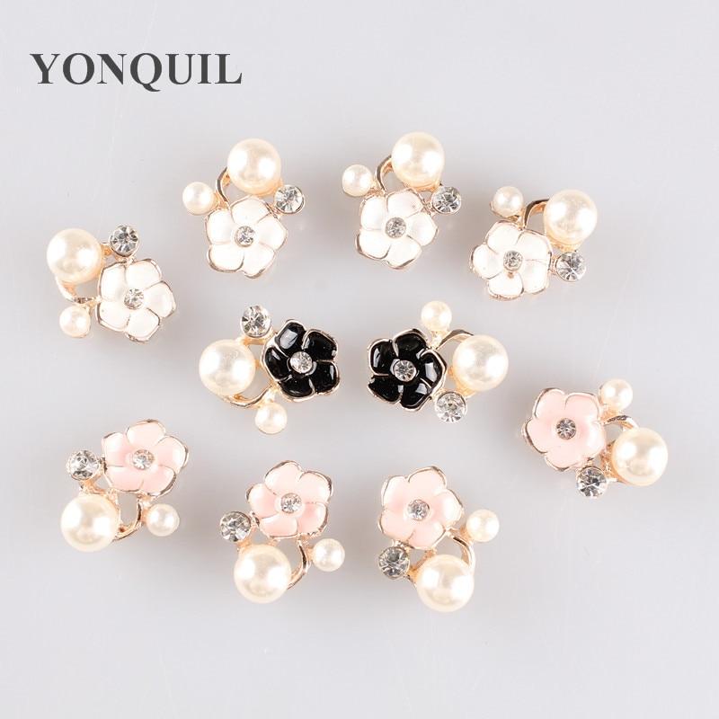 Broche de perlas de la moda de alta calidad BLANCO CRISTAL broche bouquet  rhinestone Broches accesorios del vestido de boda headwear 9de39ae635f