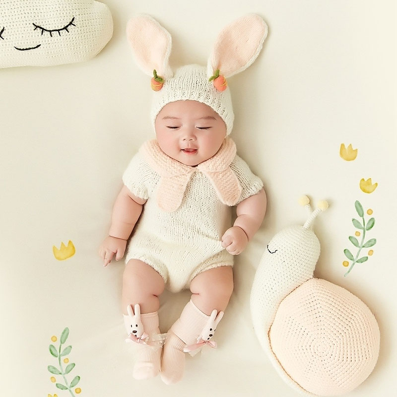 Infant Photography Props Baby Girl Photo Shoot Cartoon Rabbit Theme Clothes  Backdrop Blanket Sets Baby Picture fotografia PropsInfant Photography Props Baby Girl Photo Shoot Cartoon Rabbit Theme Clothes  Backdrop Blanket Sets Baby Picture fotografia Props