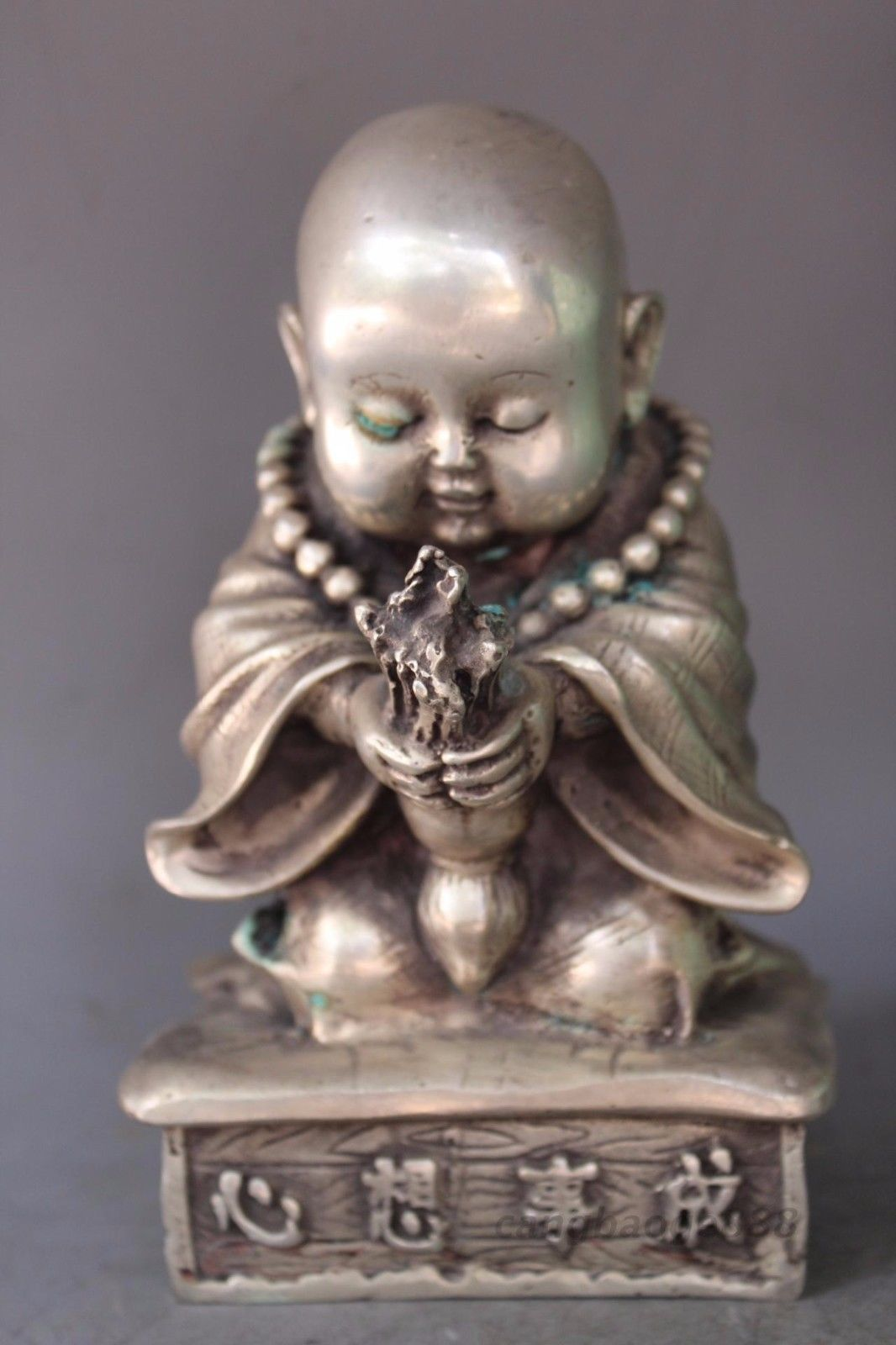 DELICATE CHINESE SILVER COPPER HANDWORK CARVED SMALL BUDDHA STATUESDELICATE CHINESE SILVER COPPER HANDWORK CARVED SMALL BUDDHA STATUES