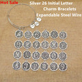 Venda quente americano banhado a prata letra inicial az charme pulseiras mulheres ajustável expansível fio pulseira pulseira