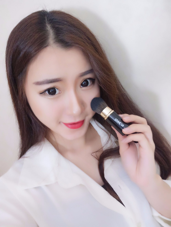 RC Retractable Makeup Brush Foundation Powder Blush Blending Face Adjustable Brushes