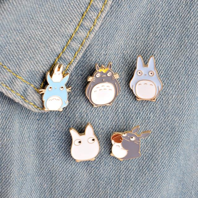 5pcs/set Childhood Cartoon My Neighbor Lovely Totoro Chinchilla Brooch Button Pi