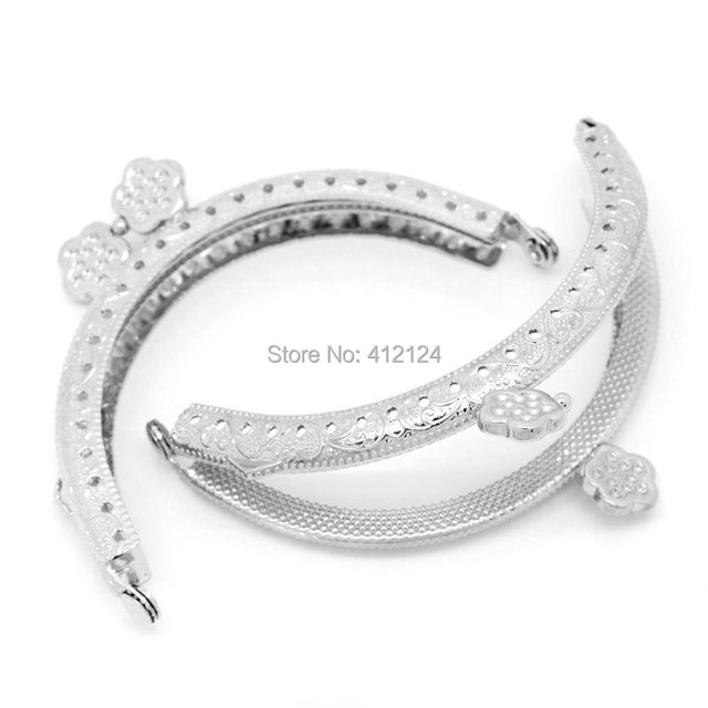 55bf53db5b 50Pcs Silver Tone Flowers Metal Frame Kiss Clasp Lock Arc Bag Purse Handbag  Handle Wholesale 8.5x6cm