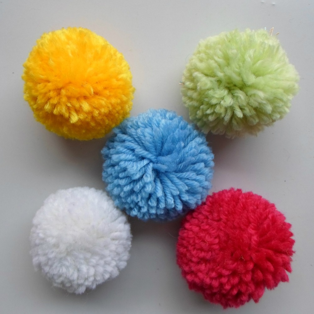 50pcs Handmade Wool Yarn Pom pom Balls for Hat Clothes Handbag Decor 20mm