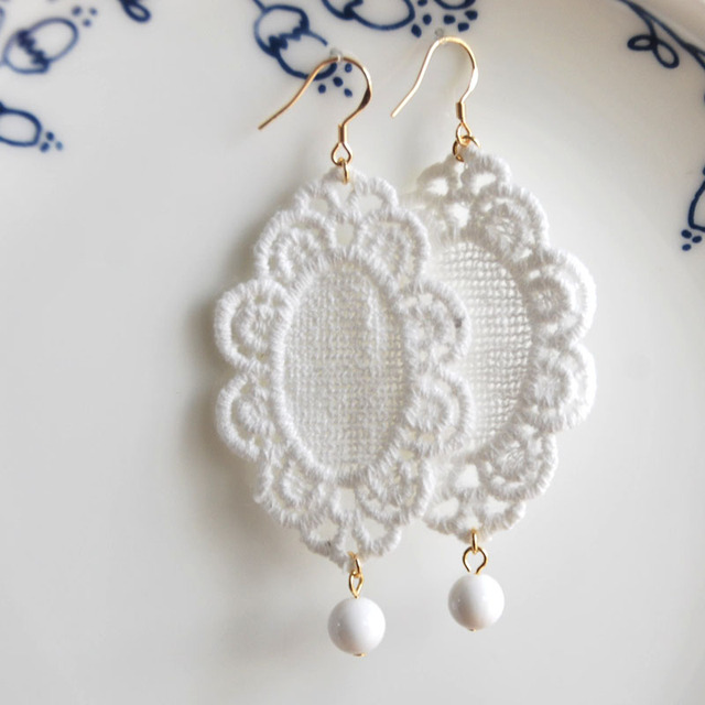Gold Color Lace Fashion Jewelry Dangle Earrings Handmade Earring With White Natural Stone For Women Gift