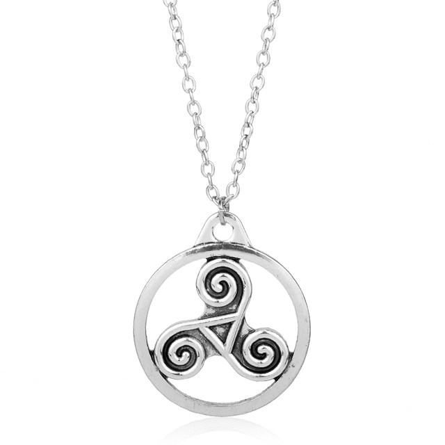 Online Shop Heyu Outlander Antique Holy Trinity Symbol Celtic Border