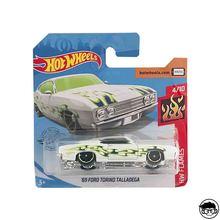 Hot Wheels '69 Ford Torino Talladega HW пламя 32/250 короткая карта